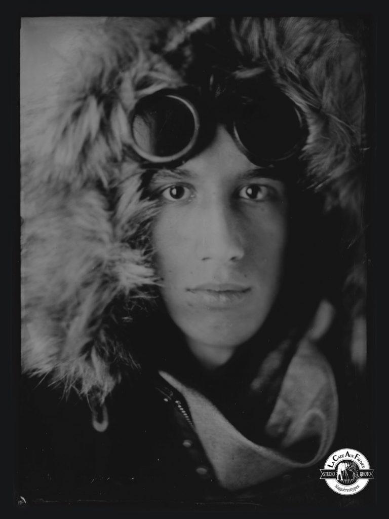 Loin du fauvisme : portrait sur ambrotype au collodion pour la cage aux fauves